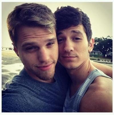Hot Gay Couples 12